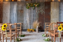 Really Rustic Barn - Gallery - 13