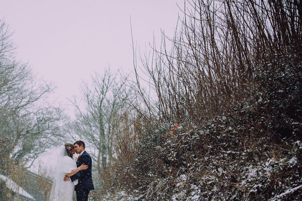 Snowy-wedding-20