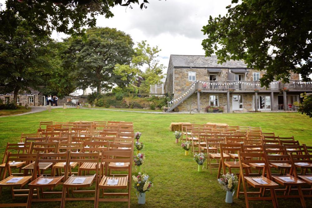Stunning Summer Wedding - 9